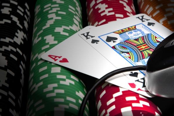 Çevrimiçi Poker Sitesi Seçmek için Zorunlu İpuçları